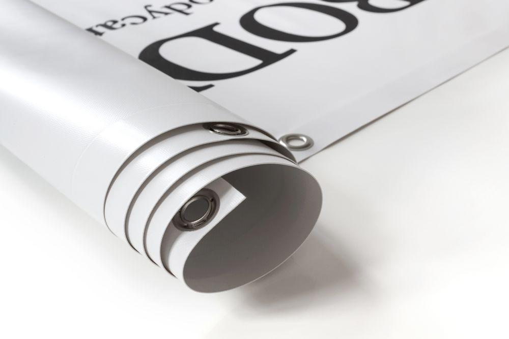 Baner PCV - reklama lub nośnik informacji na placach budowy, na fasadach, na wystawach czy targach.