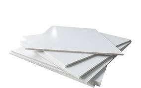 Materiał DISPA z serii ekologicznej. Materiał wykorzystywany do produkcji materiałów POS czy lekkich tablic reklamowych